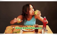 Wanita Wajib Tahu! Ini Jenis Makanan Yang Perlu Dihindari Saat Haid