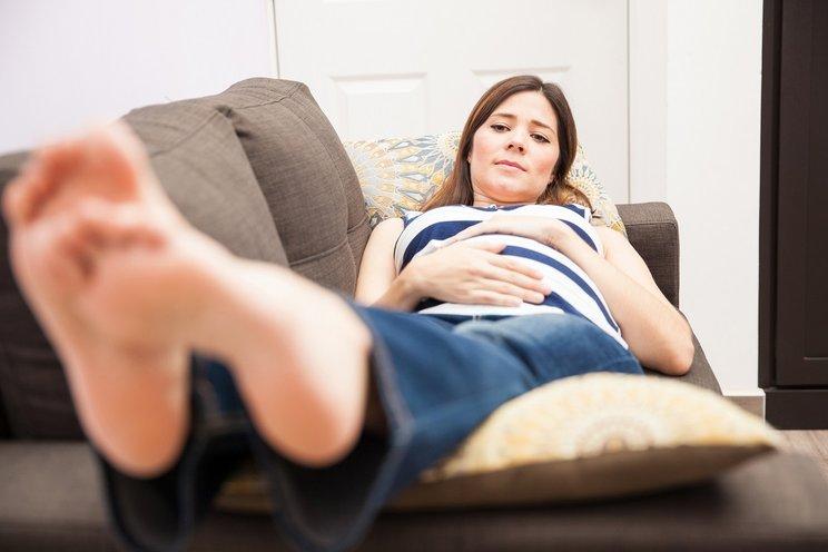 cara mengatasi kaki bengkak pada ibu hamil