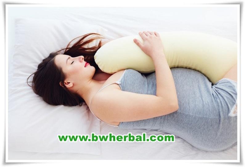 manfaat tidur miring kiri pada ibu hamil